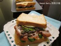 北平烤鴨三明治