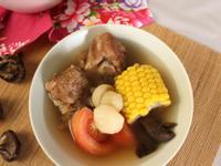【老菜脯荸薺玉米排骨湯】湯頭鮮甜好喝