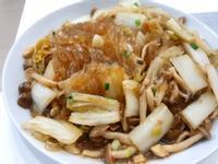 沙茶炒白菜菇菇寬冬粉