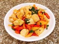 彩椒燒豆腐