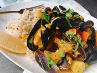 西班牙式辣炒蒜味海鮮燴飯