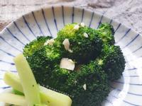 韓國小菜: 涼拌花椰菜