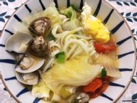 蕃茄蛤蜊湯麵
