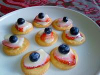 《草莓就愛鷹牌煉奶》草莓派對小西點(小心上癮)
