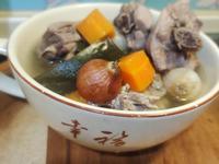 惜福雞骨雞腿蔬菜燉湯