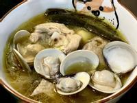 剝皮辣椒蛤蜊雞湯