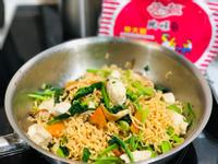 菠菜雞肉菇菇炒泡麵/統一麵肉燥風味