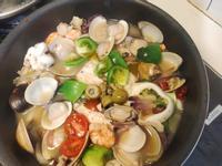 義式綠番茄水煮海鮮