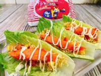 炒泡麵松葉蟹肉溫沙拉