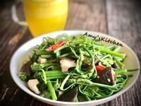鮮菇炒龍鬚菜 (五辛素)