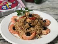 黑橄欖鮮蝦炒泡麵