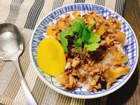 香菇牛肉燥飯
