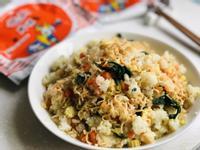 菠菜蛋炒飯炒泡麵   統一麵肉燥風味