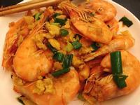 超簡單的蒜爆蝦蝦🦐加炒蛋!