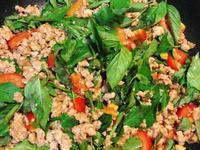 省時簡單料理🍳下飯打拋肉