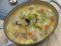 皎白筍玉米貢丸粥