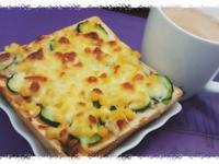 《泰泰風打拋醬》泰式蔬菜吐司披薩