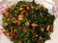 杏鮑菇炒韭菜花