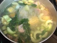 黃瓜玉米排骨湯