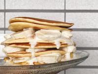 [防疫料理]香蕉蜂蜜鮮奶油鬆餅