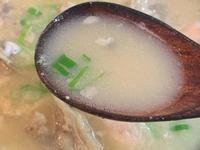 塩糀味噌鮭魚頭湯
