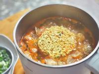 辛拉麵加料🍜 快煮鍋