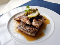 義式香煎鱸魚佐橄欖酸豆醬