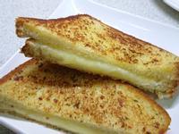 耍廢早餐2。美式奶油起司三明治