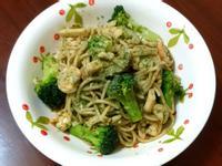 青醬菇菇鮮蝦義大利麵(簡易版)