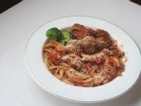 肉丸子義大利麵