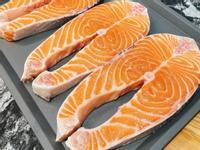 ·減脂料理·羅勒蒜烤鮭魚