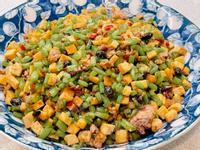 豆乾豉炒蕃薯葉梗《地瓜葉料理4》