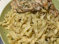 橄欖油沙丁魚義大利麵