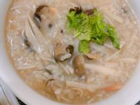 櫻香菇竹筍櫻花蝦鹹粥