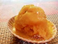 蜂蜜芒果雪酪冰淇淋(只用果汁機)