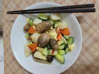 草菇.馬鈴薯炒時蔬