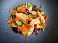 杏鮑菇炒時蔬(簡單煮)小黃瓜紅蘿蔔