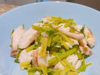 芹菜炒鯛魚