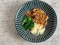 姬松茸肉燥(五辛素)