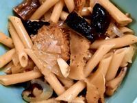 蒜香野菇義大利麵