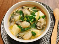 薑絲豆腐蚵仔湯