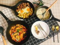 粗獷風牛排爆薯塊/蕃茄淡菜燉飯/野蕈菇湯