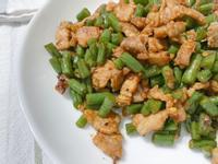 鹽麴豬肉炒豆角