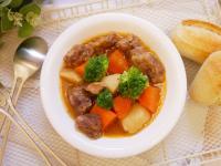快力鍋「黑麥汁燉牛肉」超軟嫩、好下飯。