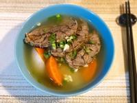 超簡單電鍋料理-清燉牛肉湯