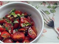 [Yun。在廚房]醋拌mini番茄蘿勒