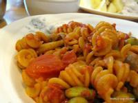 義式蔬食番茄螺旋麵