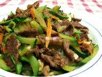 【得意的一天橄欖油 】小黃瓜炒牛肉