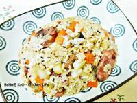 【電鍋料理】香腸菜心蒸飯♥