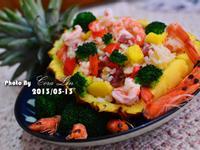 【可拉的鏡頭】鳳梨蝦仁香腸炒飯